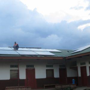 Fonti rinnovabili per illuminare un ospedale in Congo