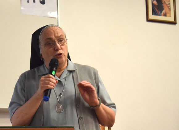 Relaunching the Canossian missionariety. Mother General's message