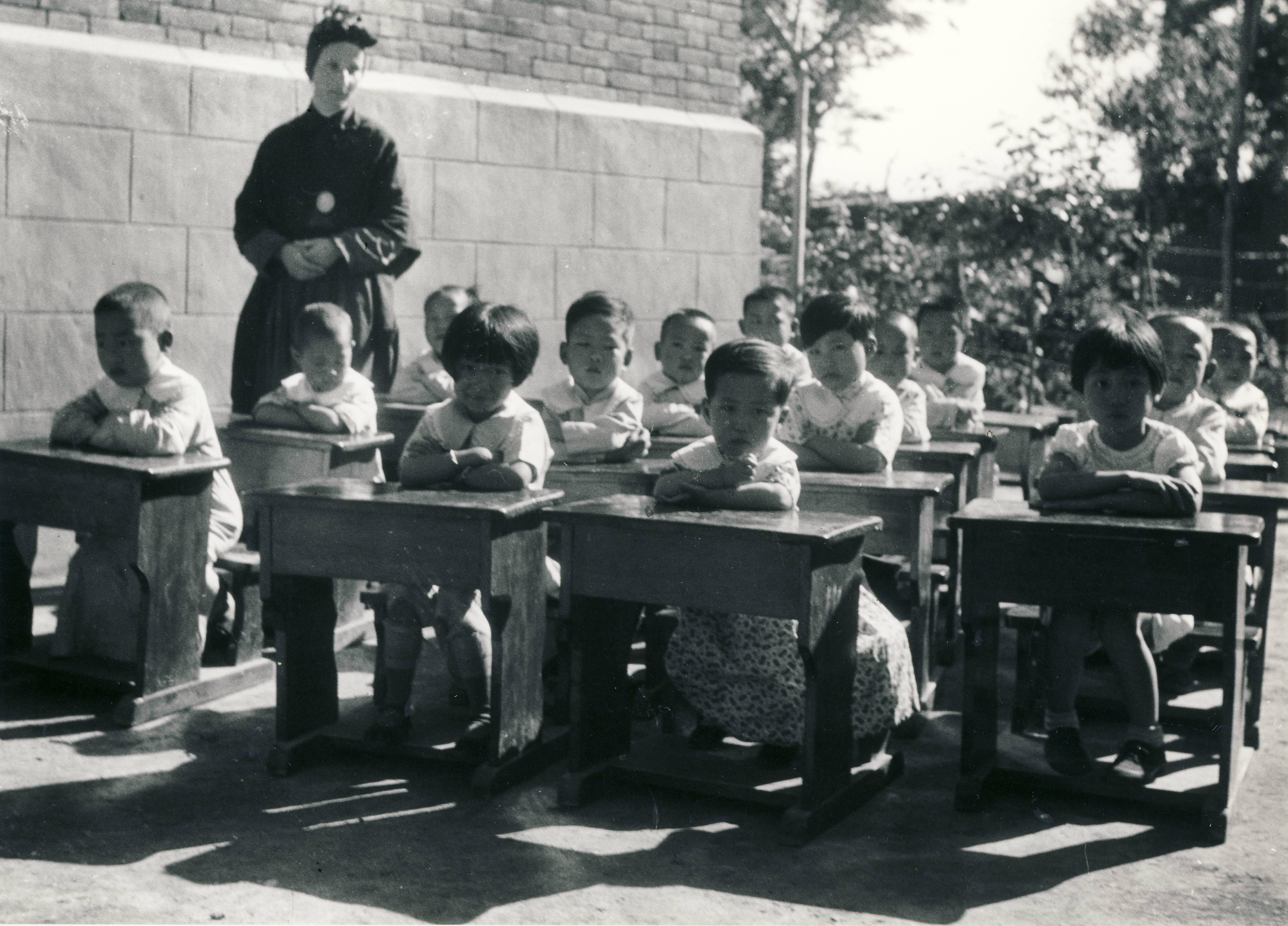 M. Agnese Tettamanti scuola materna Chengchow