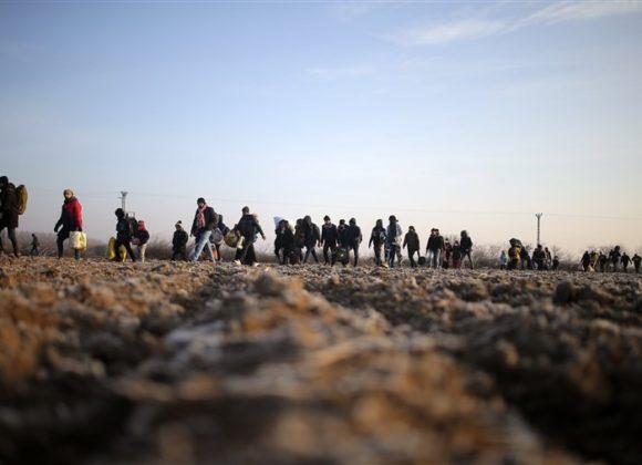 In preghiera per i migranti, insieme a Papa Francesco